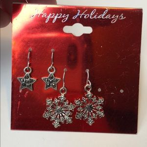 🍭 Two pairs of holiday earrings, snowflakes
